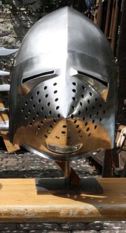 43 Rüstungshelm/Rig helmet