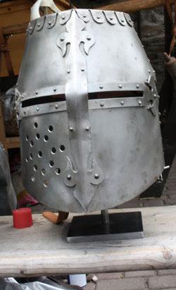 42  Rüstungshelm/Rig helmet