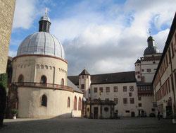 Festung Marienberg, Kirche und Fürstenbau