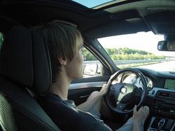 Auto BMW fahren Fahrer innen