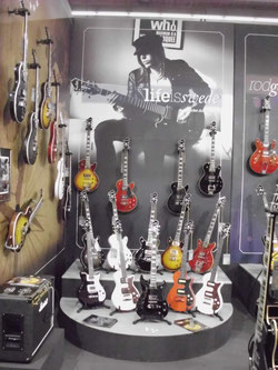 E-Gitarren auf der Musikmesse in Frankfurt