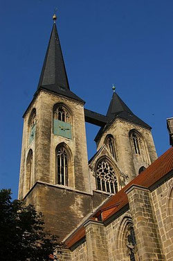"""Halberstadt - Martinikirche ReiKi"" by Reinhard Kirchner - eigenes Bild. Licensed under CC BY-SA 3.0 via Wikimedia Commons - https://commons.wikimedia.org/wiki/File:Halberstadt_-_Martinikirche_ReiKi.JPG#/media/File:Halberstadt_-_Martinikirche_ReiKi.JPG"