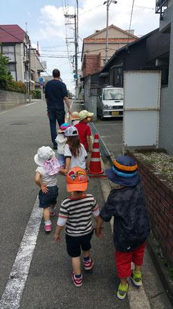 preschool park time 公園へ行きます