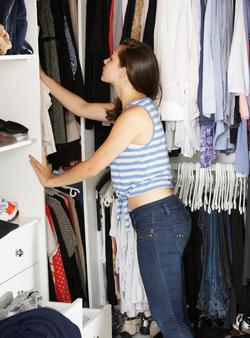 Kleiderschrank ausmisten und aufräumen
