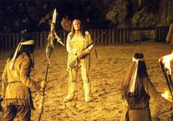 """Gojko Mitic in """"Winnetou und das Geheimnis der Felsenburg"""", Bad Seegeberg 2005 - der kürzlich"""