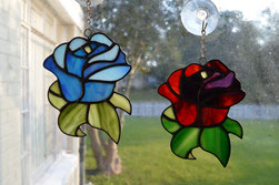 blue Rose and red rose