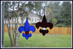 MS College Color Fleur de Lis ©Acadian Glass Art LLC. All Rights Reserved