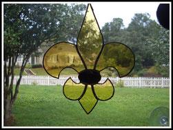 Black and Gold fleur de Lis Suncatcher ©Acadian Glass Art LLC 1998-2014. All Rights Reserved.