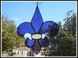 LSU Stained Glass Fleur de Lis Suncatcher ©Acadian Glass Art LLC 1998-2014. All Rights Reserved.