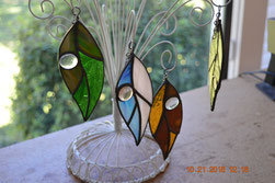 Raindrop Leaf Tree Ornament
