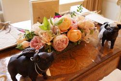結婚式 ウェルカムフラワー 季節のお花を使って淡い色合い