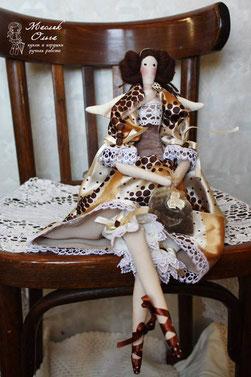 "<img src=""http://kukla-doll.jimdo.com/%D0%BA%D1%83%D0%BA%D0%BB%D1%8B-%D0%B3%D0%B0%D0%BB%D0%B5%D1%80%D0%B5%D1%8F/"" alt=""тыквоголовая текстильная кукла. тильда фея купить куклу″ />"