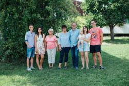Die Gastgeber des Ferienhofes Nehmeier in Bayern