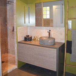 salle de bains ambiance minérale