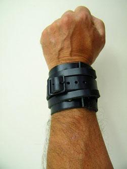 bracelet cuir noir force homme fabriqué en france par artisan du cuir