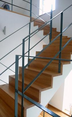 Treppe in Faltwerkoptik