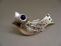 鯉のぼりのピンブローチ