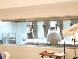 ララシャンス博多の森オープンキッチン