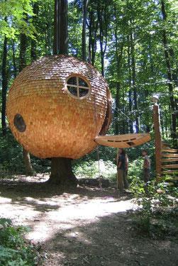 """""""Tree House"""" © Kulturgut Holzhausen"""