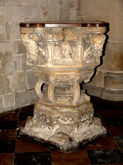 Fonts baptismaux de l'église de Gamaches