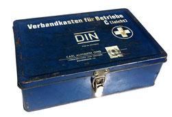 Bild: Verbandkasten als Symbol für Erste-Hilfe Kurs