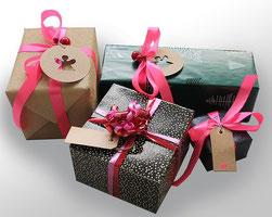 Geschenkgutscheine online per eMail oder im Friseursalon kaufen.