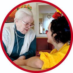 Seit 2007 besucht die Clowns-Madame Erna Blümle alias Angelina Haug Pflegeinrichtungen in Stuttgart