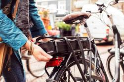 e-Bike Akku am Gepäckträger