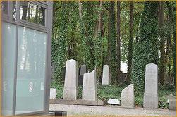 """""""Haus des Lebens"""" nennen Juden ihre Friedhöfe, die ihrem Glauben nach niemals aufgegeben werden können. Fotos (2): al"""