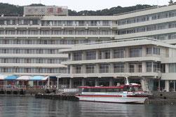 フロントのすぐ傍に桟橋