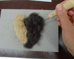 Hier entsteht ein Herz - Trockenfilzen