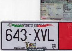 Engomado y tarjeta de circulacion del D.F