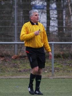 Schiedsrichter Veysel Sayilgan