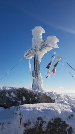 Tschechischer Plöckenstein bei der Wintertour von Oberschwarzenberg über die Teufelsschüssel