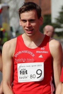 Simon Huckestein: 5. Platz in 3:49,84 min (unten: Fotos 10 Jahre Simon H.)