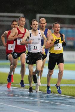 Neil Burton anlässlich der 10'000m-Schweizermeisterschaften in Thun