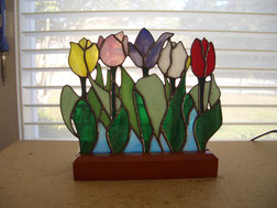 Tulip Stained Glass Accent Lamp