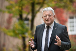 Dr. Günter Breitenbach