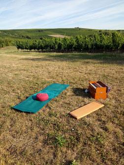 Summerspecial 2020 Klang Mantra Yoga am Weinberg in Bodenheim