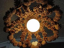 luminaire ajouré en pomme de pin naturelle grande taille fait main