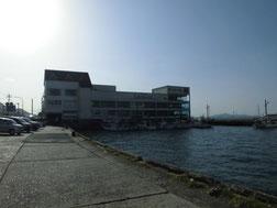 大里漁港右側 はこちらからどうぞ