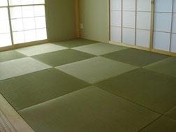 調布市 縁無畳 新畳(目積表+建材畳床 半畳市松敷き)
