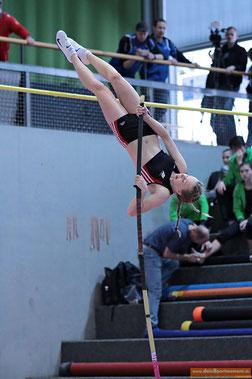 Stabspringen ist Kunstturnen und Akrobatik zugleich