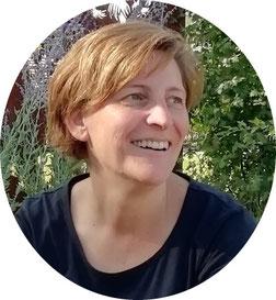 Deine Kursleiterin für Qi Gong - Simone Wördehoff, Qi Gong-Lehrerin und Entspannungspädagogin