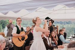 Brautstehlen/ Brautverziehen im Allgäu - Bild: Florian Gehring