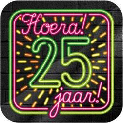 Neon Huldeschild Hoera! 25 jaar! 50x50 cm € 4,99