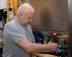 Reparaturservice für Großküchen und Gastronomie bietet AR-Küchentechnik