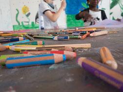 LichtwarkSchule - Buntstifte – Kleine Künstler