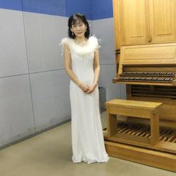 オルガンの練習室で