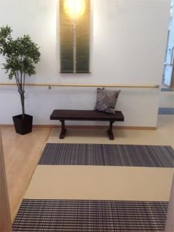 介護施設 廊下、リラックスルーム 事例